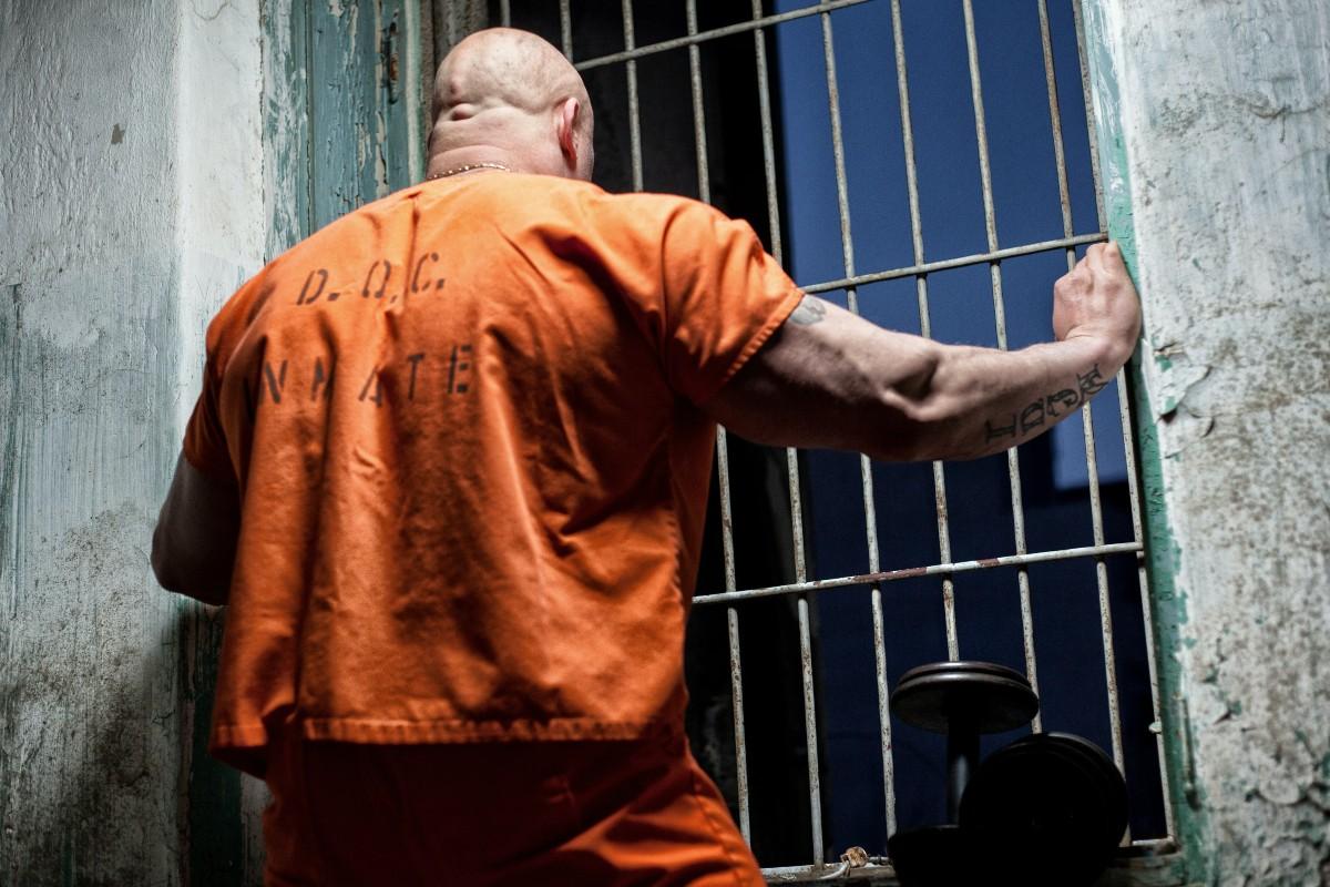 ¿Le escribirías a alguien que está en prisión para vencer la soledad?